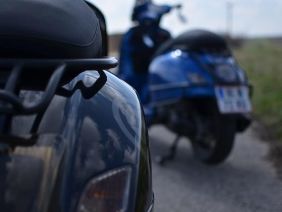 Black&Blue GTS